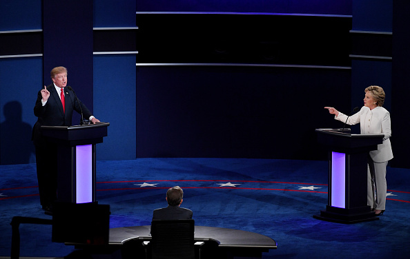 2016 United States Presidential Election「Final Presidential Debate Between Hillary Clinton And Donald Trump Held In Las Vegas」:写真・画像(2)[壁紙.com]