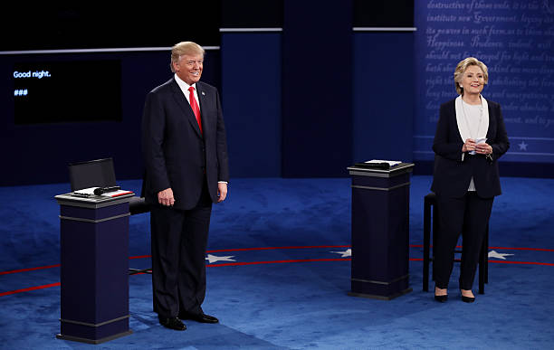 Candidates Hillary Clinton And Donald Trump Hold Second Presidential Debate At Washington University:ニュース(壁紙.com)