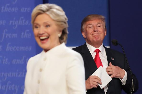 討論「Final Presidential Debate Between Hillary Clinton And Donald Trump Held In Las Vegas」:写真・画像(19)[壁紙.com]