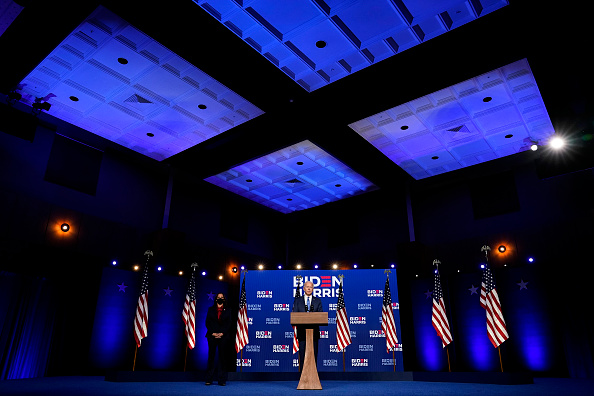 米国大統領選挙「Democratic Presidential Nominee Joe Biden Addresses The Nation As Election Count Continues In Few Key States」:写真・画像(6)[壁紙.com]