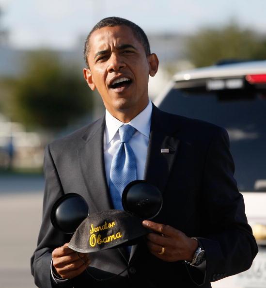 ミッキーマウス「Barack Obama Campaign Weeks Away From Election Day」:写真・画像(11)[壁紙.com]