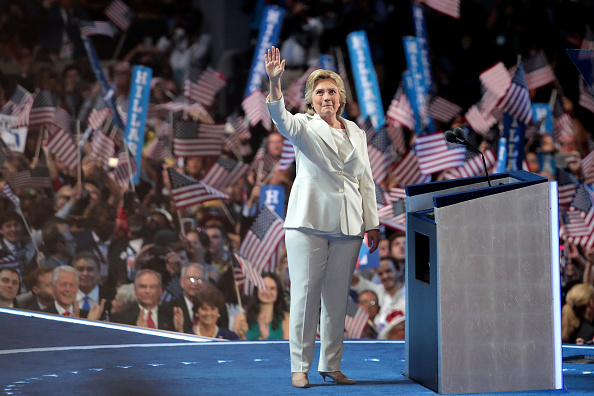 全身「Democratic National Convention: Day Four」:写真・画像(10)[壁紙.com]