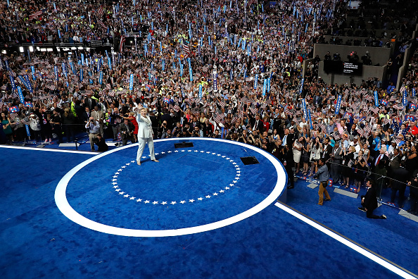 Win McNamee「Democratic National Convention: Day Four」:写真・画像(15)[壁紙.com]