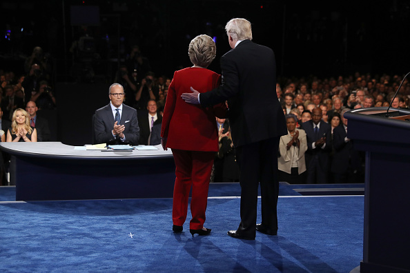 Presidential Candidate「Hillary Clinton And Donald Trump Face Off In First Presidential Debate At Hofstra University」:写真・画像(10)[壁紙.com]