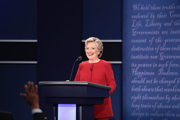 US Democratic Party 2016 Presidential Candidate「Hillary Clinton And Donald Trump Face Off In First Presidential Debate At Hofstra University」:写真・画像(10)[壁紙.com]
