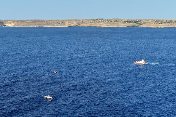 Sicily「Aerial Views of the Italian Island of Lampedusa After Migrant Boat Sinking」:写真・画像(17)[壁紙.com]