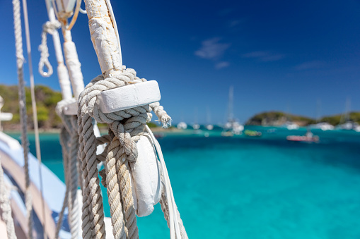 Yacht「Sail boat ropes on the Tobago Cays, Grenadines, 2019」:スマホ壁紙(11)