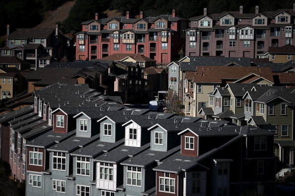 Street「New Home Sales Rise Sharply In October」:写真・画像(16)[壁紙.com]