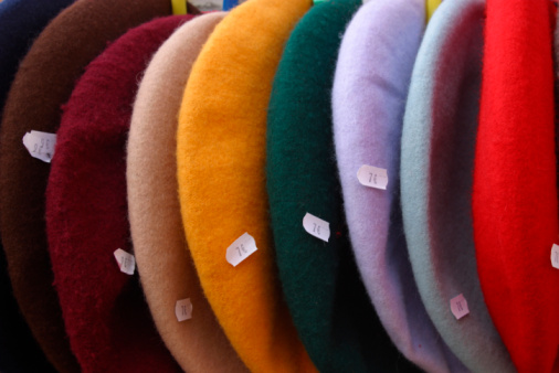 Beret「Berets with price tags」:スマホ壁紙(9)