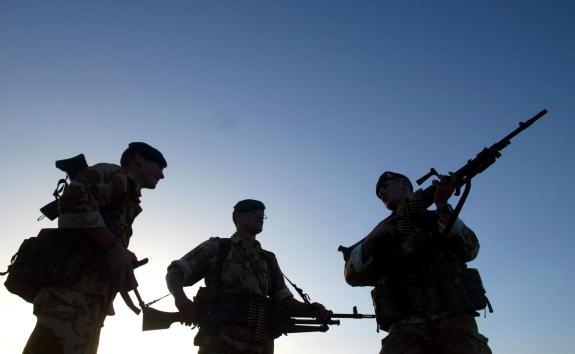 Bagram Air Base「British Royal Artillery」:写真・画像(9)[壁紙.com]