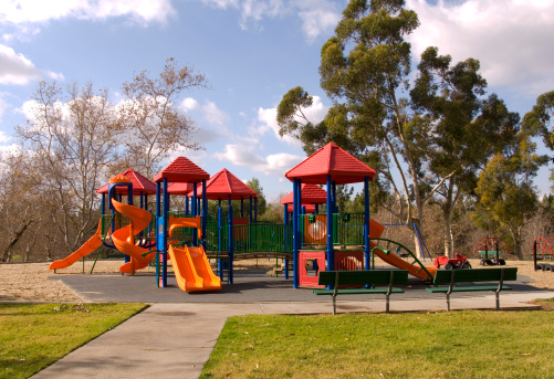 California「Empty Schoolyard Playground, Outdoor Play Equipment, Nobody at Park」:スマホ壁紙(11)
