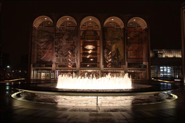 Lincoln Center「Revson Fountain & Metropolitan Opera House At Lincoln Center」:写真・画像(14)[壁紙.com]