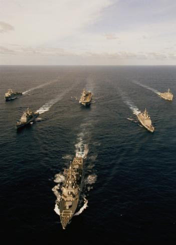Battle「Military ships in ocean」:スマホ壁紙(19)
