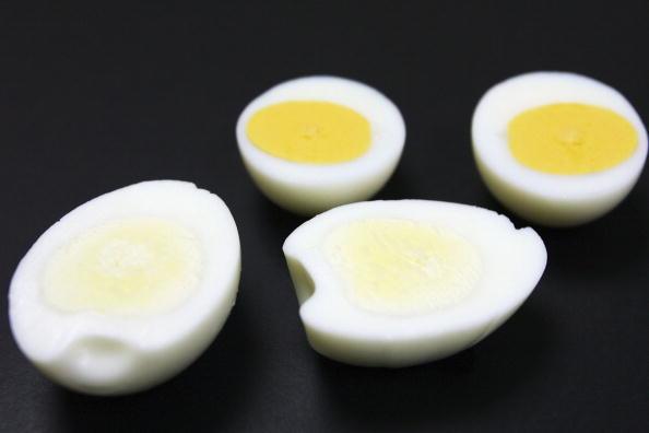 全身「Japanese Company Develops Eggs With Whiter Yolks」:写真・画像(17)[壁紙.com]