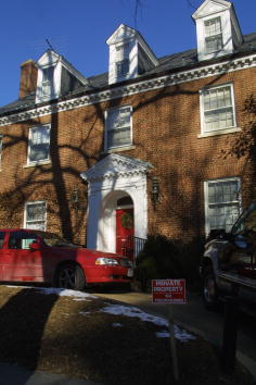 Brick「Clintons Purchased A House in Washington DC」:写真・画像(16)[壁紙.com]