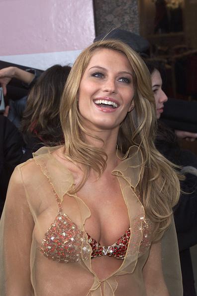 Victoria's Secret Fantasy Bra「Grand Opening of Victoria's Secret」:写真・画像(4)[壁紙.com]