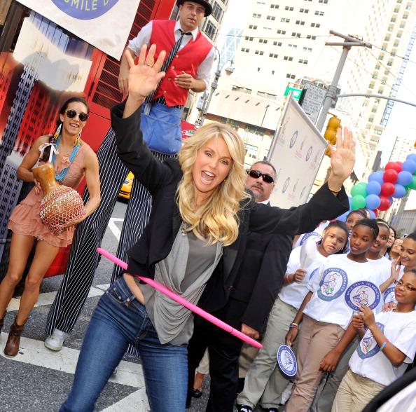 Stephen Lovekin「2012 World Smile Day」:写真・画像(1)[壁紙.com]