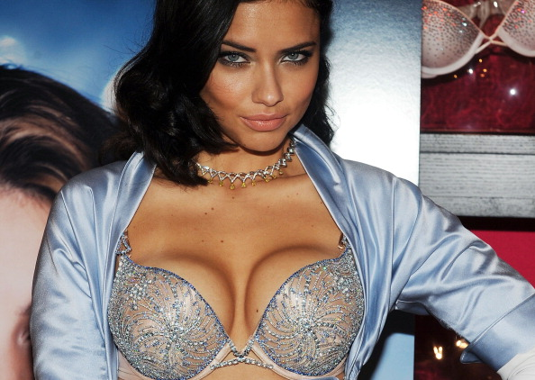 Jewelry「Adriana Lima Launches Victoria's Secret Bombshell Fantasy Bra」:写真・画像(7)[壁紙.com]