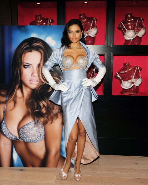 Victoria's Secret Fantasy Bra「Adriana Lima Launches Victoria's Secret Bombshell Fantasy Bra」:写真・画像(18)[壁紙.com]