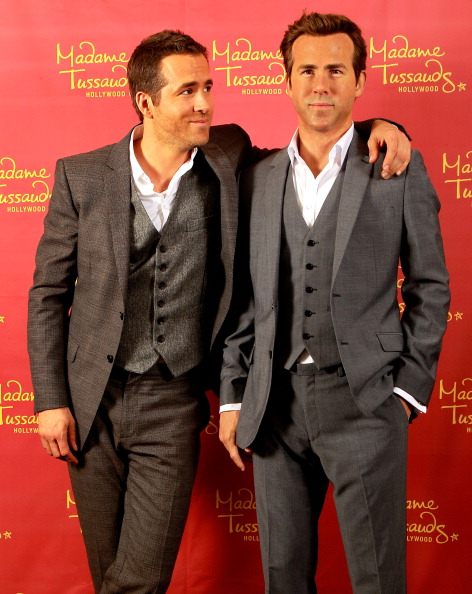 Wax「Ryan Reynolds Poses Side By Side With His Madame Tussauds Hollywood Wax Figure」:写真・画像(17)[壁紙.com]