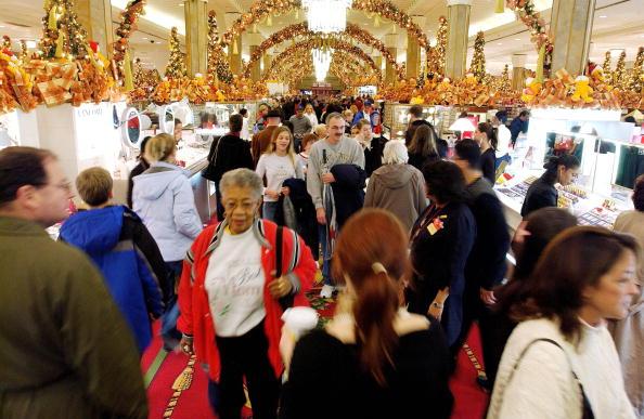 Holiday - Event「Christmas Shopping Season Kicks Off In New York City」:写真・画像(19)[壁紙.com]