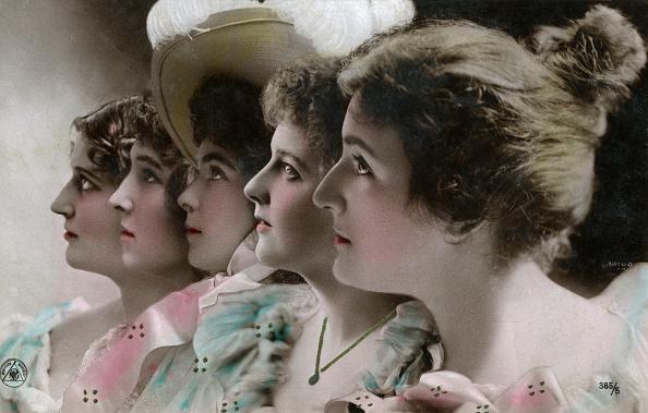 Profile View「Five Actresses In Profile」:写真・画像(5)[壁紙.com]