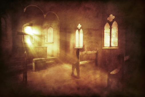 Dark「Vintage photo of church interior」:スマホ壁紙(17)