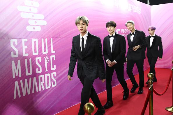 防弾少年団「Seoul Music Awards」:写真・画像(15)[壁紙.com]