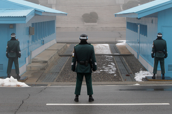 Shallow「Tension Rises At Panmunjom After North Korea's Nuclear Test」:写真・画像(1)[壁紙.com]