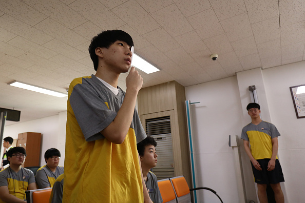 Eyesight「South Koreans Undergo Physical Examinations Before Military Service」:写真・画像(6)[壁紙.com]