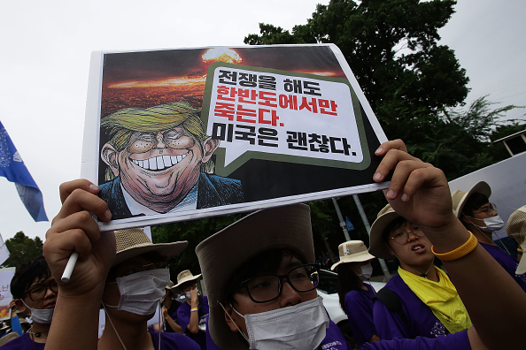 Seoul「Anti-U.S. Protesters Rally Against THAAD Missile System Deployment In South Korea」:写真・画像(11)[壁紙.com]