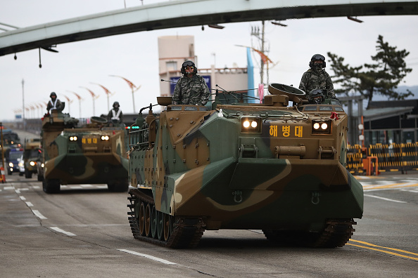 2018 Winter Olympics - Pyeongchang「U.S. and South Korean Marines Conduct Joint Military Exercise」:写真・画像(16)[壁紙.com]