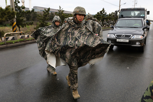 2018 Winter Olympics - Pyeongchang「U.S. and South Korean Marines Conduct Joint Military Exercise」:写真・画像(17)[壁紙.com]