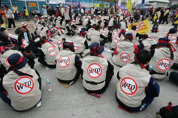 Global「Protesters Demonstrate Against WTO In Hong Kong」:写真・画像(12)[壁紙.com]