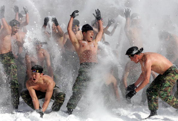 Workshop「South Korean Soldiers Undertake Mountain Training」:写真・画像(12)[壁紙.com]