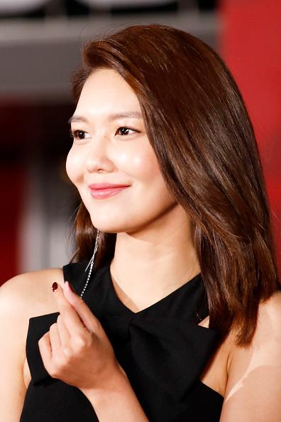 スヨン「23rd Busan International Film Festival Opening Ceremony」:写真・画像(2)[壁紙.com]