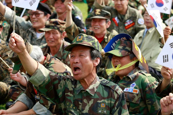 Chung Sung-Jun「South Korean War Veterans Protest Against North Korea」:写真・画像(3)[壁紙.com]