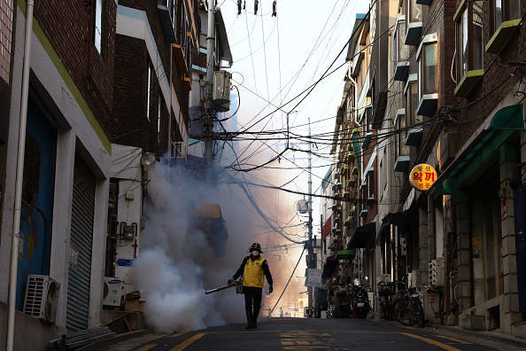 South Korea「Concern In South Korea As The Coronavirus Continue To Spread」:写真・画像(11)[壁紙.com]