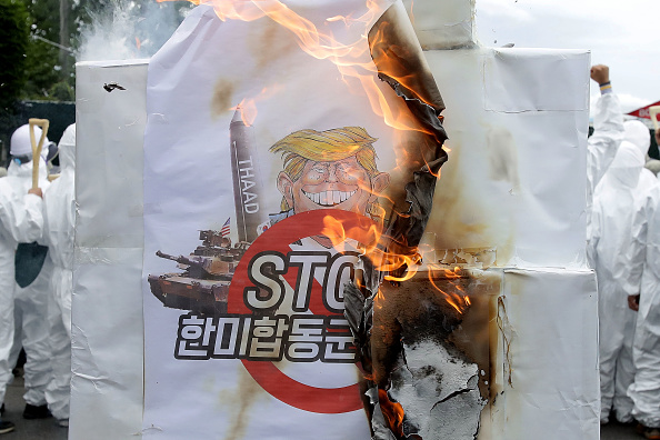 Seoul「Anti-U.S. Protesters Rally Against THAAD Missile System Deployment In South Korea」:写真・画像(13)[壁紙.com]