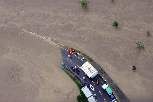 Puddle「Torrential Rain And Floods Hit South Korea」:写真・画像(14)[壁紙.com]