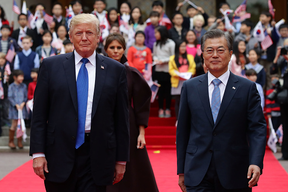 South Korea「U.S. President Donald Trump Visits South Korea - Day 1」:写真・画像(1)[壁紙.com]