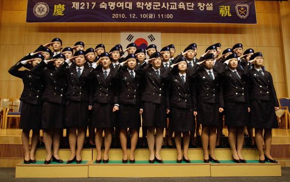 式典「S. Korea Admits First Female ROTC Cadets」:写真・画像(0)[壁紙.com]