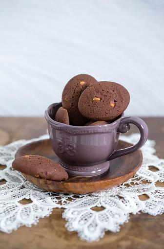 レース模様「Cup of chocolate cookies with chunks of white chocolate」:スマホ壁紙(13)