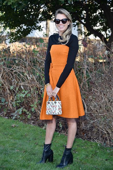 Mini Bag「Christian Dior : Outside Arrivals - Paris Fashion Week - Haute Couture Spring Summer 2016」:写真・画像(2)[壁紙.com]