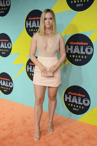 Sleeveless Top「2017 Nickelodeon HALO Awards - Arrivals」:写真・画像(1)[壁紙.com]