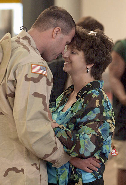 U.S. Soldiers Return From Iraq:ニュース(壁紙.com)