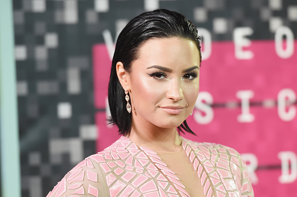 Demi Lovato「2015 MTV Video Music Awards - Arrivals」:写真・画像(2)[壁紙.com]