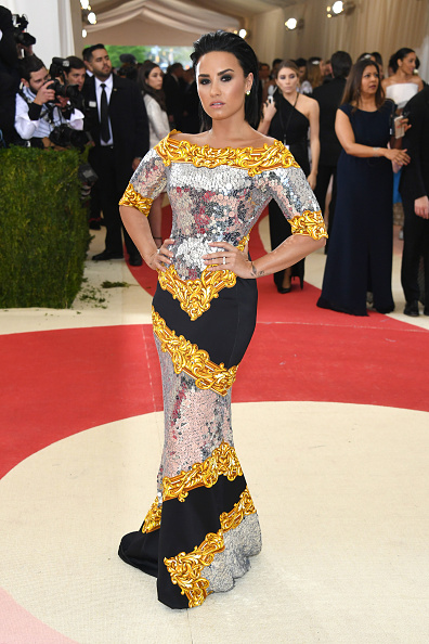 Demi Lovato「'Manus x Machina: Fashion In An Age Of Technology' Costume Institute Gala - Arrivals」:写真・画像(5)[壁紙.com]