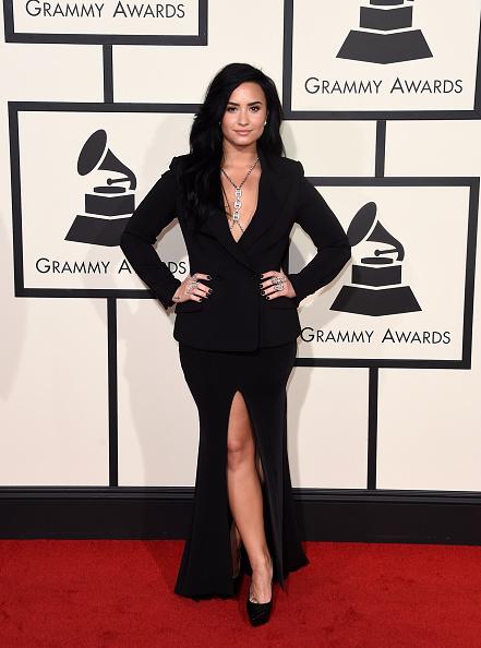 Grammy Award「The 58th GRAMMY Awards - Arrivals」:写真・画像(16)[壁紙.com]