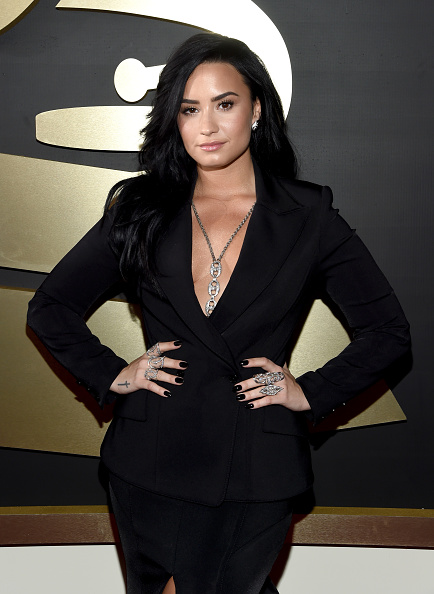 Demi Lovato「The 58th GRAMMY Awards - Red Carpet」:写真・画像(4)[壁紙.com]